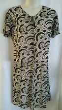 LADIES BLACK AND CREAM SKIRT AND BLOUSE TWO PIECE BY JACQUES VERT SIZE 22