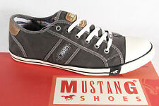 Mustang Lace up Sneakers Low Shoes Trainers Rubber sole NEW