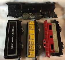 MARX ELECTRIC TRAIN STARTER SET O GAUGE STEEL LOCO, TIN PLATE TENDER, & 2 CARS