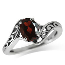 1.34ct. Natural Garnet 925 Sterling Silver Filigree Solitaire Ring