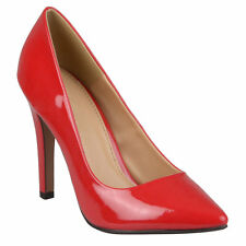 Journee Collection Women's 'Tokyo' Pointed Toe Patent Pumps