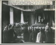 1946 Press Photo Pope Pius XII sits on throne during the Consistory  - neb69500