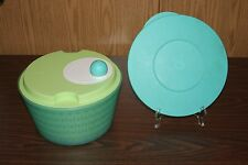 TUPPERWARE SPIN 'N SAVE SALAD SPINNER / KEEPER