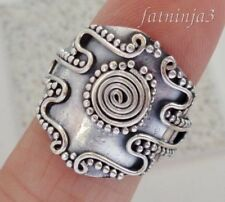 Solid Silver, 925 Traditional Carved Balinese Design Ring 36557