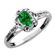 0.70 Ct Oval Green Simulated Emerald 925 Sterling Silver Ring