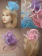 PASTEL LOOPED FABRIC & FEATHER FASCINATOR: CLEAR COMB, WEDDING, RACES : 4322