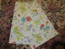 Vintage Dan River Dantrel No Iron Muslin Floral Pillowcase lot of 2 Standard Sz