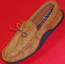 TOTES ISOTONER Men's Tan Slippers Caual Slip on Booties Casual House Shoes New