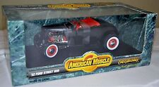 ERTL 1/18 '32 Ford Nostalgia Street Rod BLACK #7239 SEALED American Muscle 1932