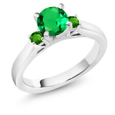 1.05 Ct Green Simulated Emerald Green Simulated Tsavorite 925 Silver Ring