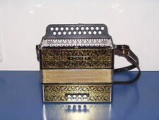 Accordion diatonic Hohner 2915 in g - c with straps. New and guaranteed 2 years