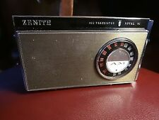 1966 Vintage Zenith Royal 51 AM / FM Transistor Radio, excellent working example