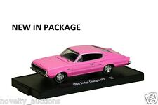 M59 11228 32 M2 MACHINE AUTO DRIVERS 1966 DODGE CHARGER 383  PINK   1:64