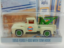 1:64 GreenLight RUNNING ON EMPTY R4 GREEN MACHINE GULF 1956 Ford F-100 Tow Truck