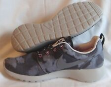Nike Roshe Run Print Womens Size Running Shoes Camo Cool Grey Pink 599432 001