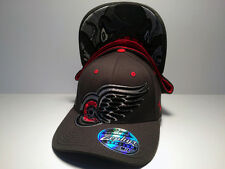 Detroit Red Wings Zephyr Menace Curved Bill Fitted Hat NHL Baseball Cap Grey M/L