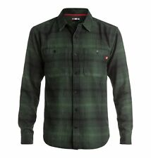 DC SHOES VENETIAN HOMBRE FOREST NIGHT PLAID MENS SKATE BUTTON UP SHIRT BRAND NEW