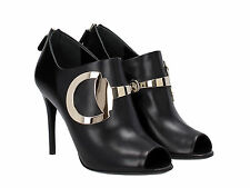 Gucci high heels ankle boots in black genuine leather with metallic logo