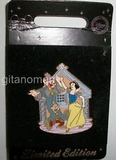 Disney Store Europe UK - Snow White Dancing With Dopey & Sneezy LE 500 Pin