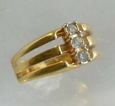 AVON VINTAGE 1983 GLIMMERING TRIO RING GOLD TONE SIZES AVAILABLE ~ NEW W/O BOX