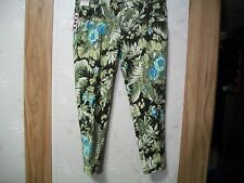 BONGO JUNIORS  FLORAL GREEN PRINT ABOVE ANKLE SKINNY CROP JEANS