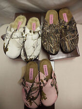 NEW-Women's Sizes Realtree Pink, White Or Green Camo Clogs By Mountain Creek