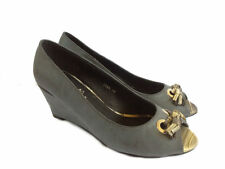 NEW $69 I LOVE BILLY Grey Womens Peep Toes High Wedge Office size 7 38 or 8 39