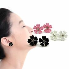 1Pair Elegant Women Silver Plated Flower Crystal Rhinestone Ear Stud Earrings