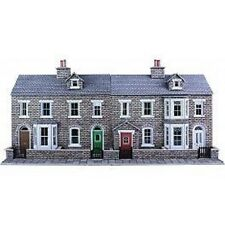 Metcalfe PO275 Low Relief Stone Terraced House Fronts (00) Railway Model Kit