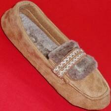 Women's Brown/Tan TOTES ISOTONER Slip On Scuffs Mules Slippers House Shoes New