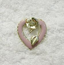 CLASSIC PIN BROOCH HEART LOVE KISS FRIEND FAMILY SPECIAL HUSBAND WIFE ROMAN DS-6