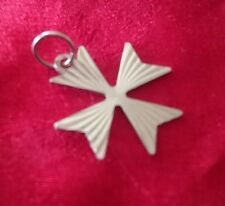 MALTA CROSS DIAMOND CUT VINTAGE REAL STERLING SILVER PENDANT CHARM, 1.2 GRAMS,