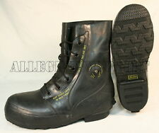 VGC Bata Arctic Extreme Cold Weather -20° MICKEY MOUSE BOOTS Black Sizes 3 - 14