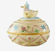Lenox 2011 Annual Easter Egg Darling Duck and Ducklings RETIRED NEW IN BOX