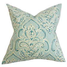 The Pillow Collection Yonah Floral Throw Pillow Cover