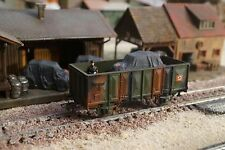 ROCO, WWII MILITARY WAGON WITH ONE CAR AS LOAD, SCALE HO