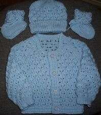 SZ 000 BLUE 3 pce BABY SET HAND KNITTED BRAND NEW