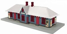 MTH 30-90525 O North Pole Country Passenger Station w/Operating Christmas Lights