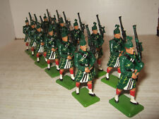 Britains Gordon Highlander Pipers Marching with Pipes in 54mm, Choose 2, 4 or 6.