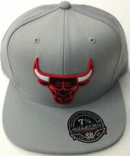 NBA Chicago Bulls Mitchell and Ness Fitted Cap Hat M&N Hat NEW!!