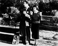 CLARK GABLE IT HAPPENED ONE NIGHT B&W PHOTO OR POSTER
