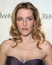 GILLIAN ANDERSON BUSTY COLOR BARE SHOULDERED PHOTO OR POSTER