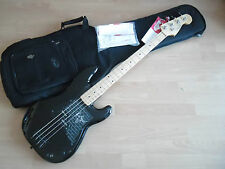 """Fender ROGER WATERS PINK FLOYD PRECISION BASS """"the wall"""" Black '79 reissue"""
