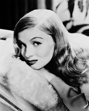 VERONICA LAKE B&W LYING ON PILLOW PHOTO OR POSTER
