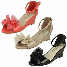 Girls Patent wegded ankle strap open toed shoe with bow H1074