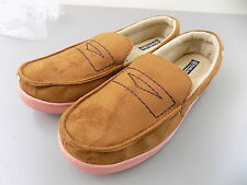 ISOTONER $70 MEN SHOES SLIPPERS Synthetic Moccasin Slippers SZ 11-12 Brown S18