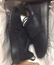 Nike Roshe One GS Mesh All Black 599728-031 Grade School Sz 5 Kids
