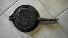 Antique Griswold Cast Iron # 8 American Waffle Irons with Handled Base Ring 1922