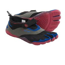 BODY GLOVE 3T BAREFOOT MAX BOY SHOES Minimalist WATER THREE TOE Red Blue