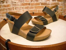 Clarks Auriel Fin Black Leather Ankle Strap Wedge Sandal NEW